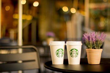 そう言えばスターバックスのコーヒーって、100円で飲めるよね。